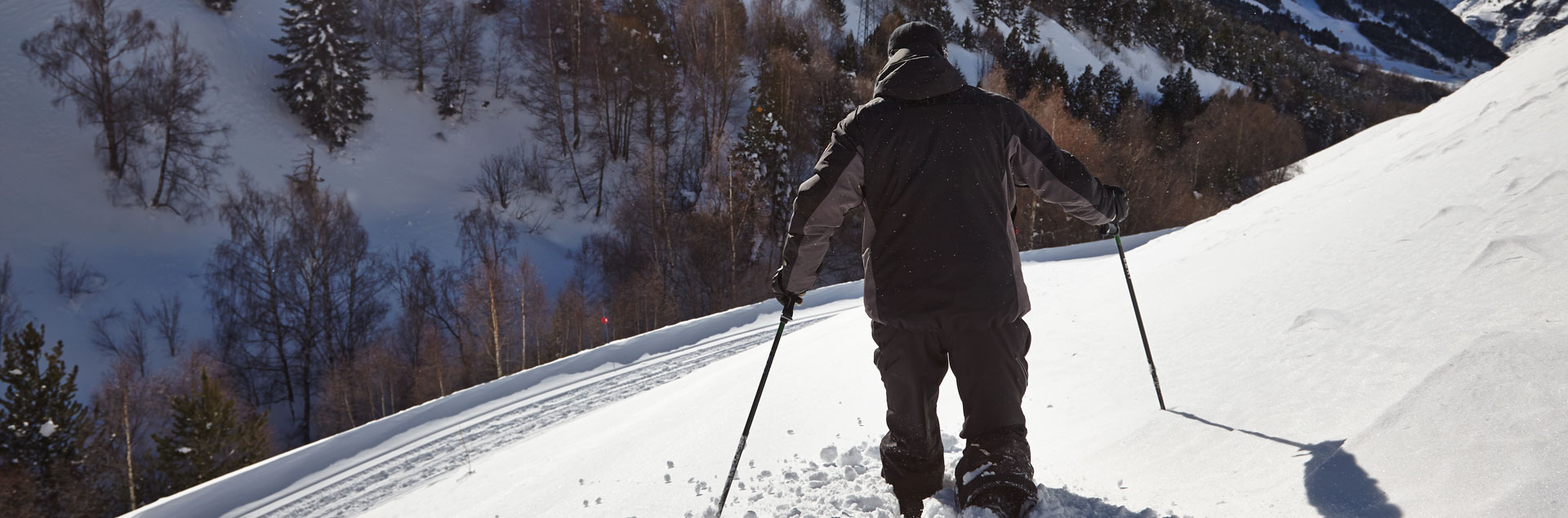 Discover Andorra with snowshoes
