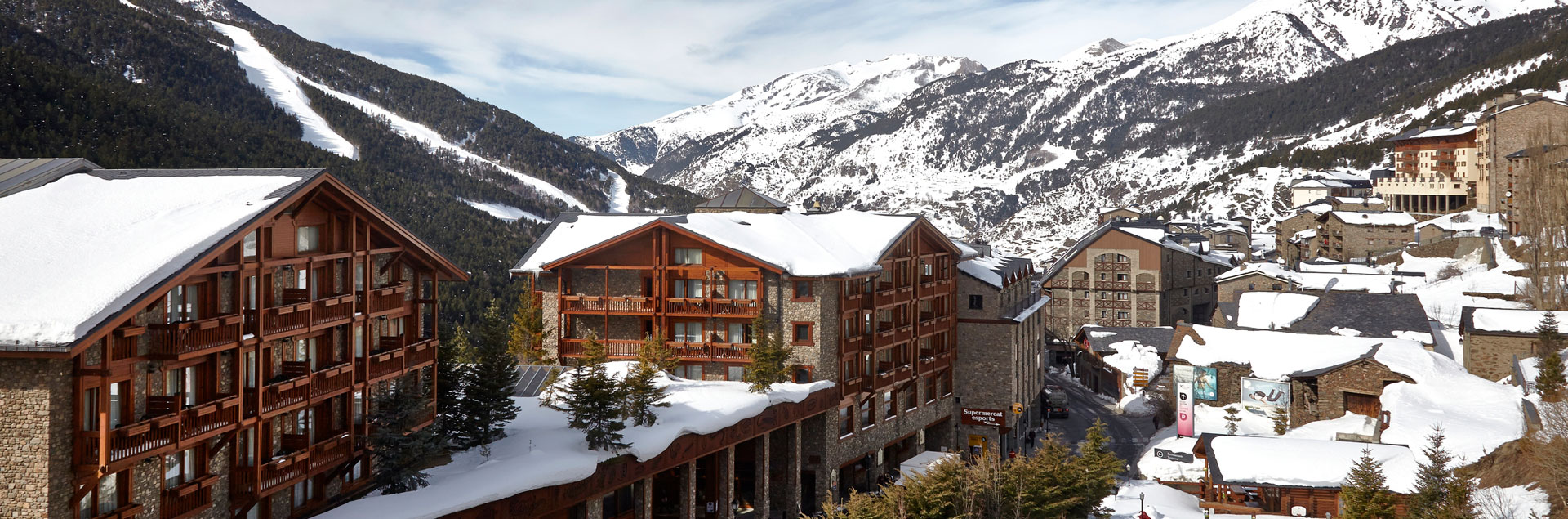 Sport Hotel Village is located near the Grandvalira gondola