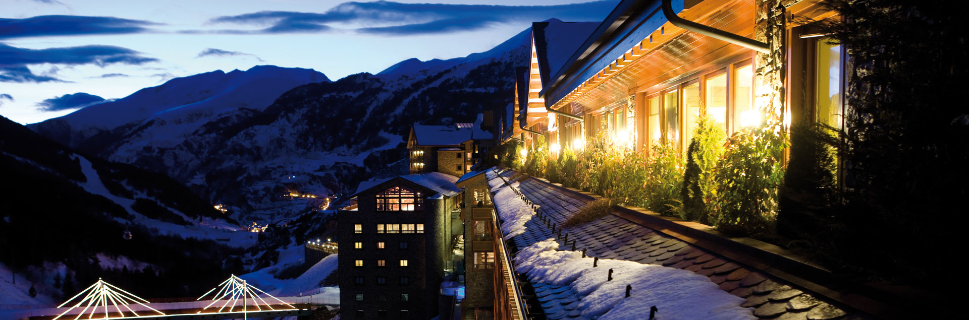 Ski in Andorra with hotel at the foot of Grandvalira